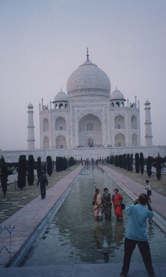 Finally, the essential picture of the Taj Mahal